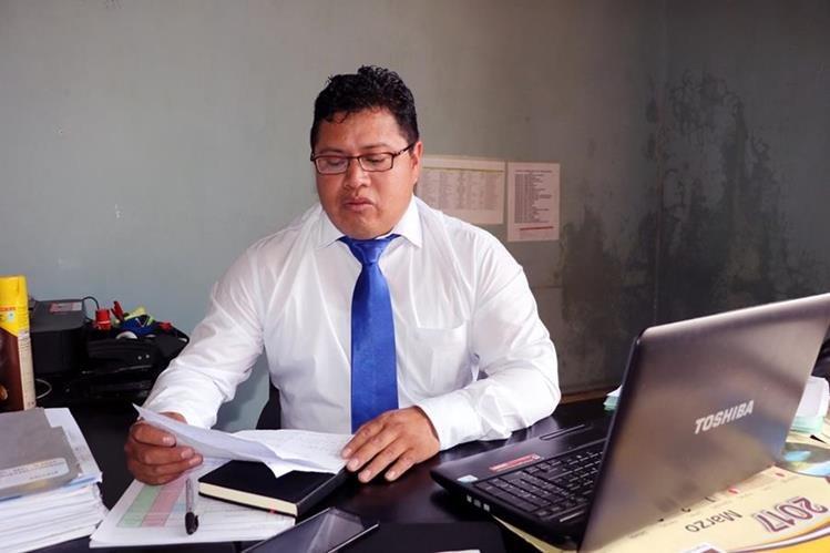 Horacio Darío Poz Colop asumió la dirección del Consejo Departamental de Desarrollo (Codede) de Quetzaltenango. (Foto Prensa Lirbe: Carlos Ventura)
