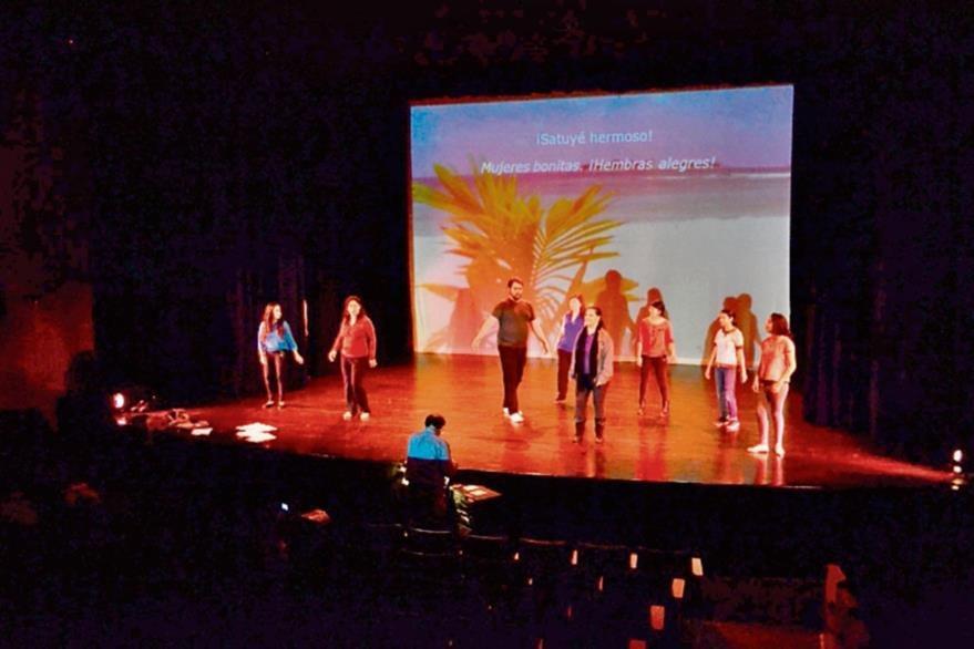 Intérpretes profesionales  integran el elenco de la ópera, escrita por Dieter Lehnhoff. (Foto Prensa Libre: Ángel Elías).