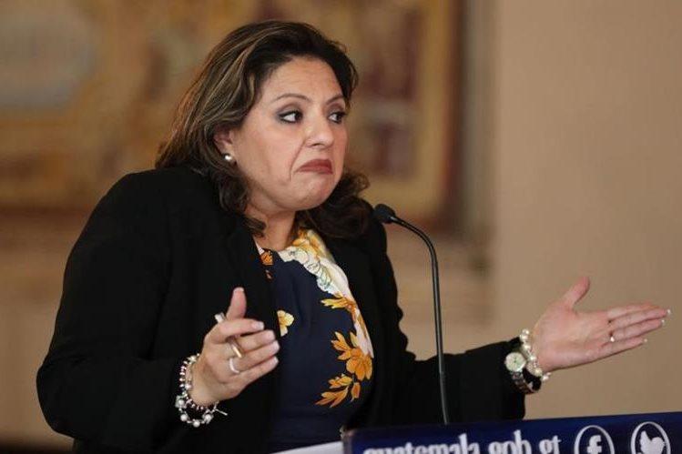 Sandra Jovel, canciller guatemalteca, dice que no hay marcha atrás sobre la decisión del traslado de la embajada de Guatemala a Jerusalén. (Foto Prensa Libre: Esbin García)