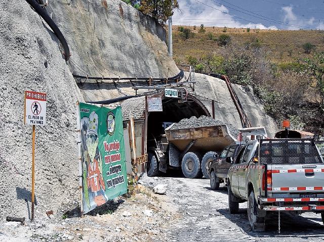 El sector de minas y canteras tiene un peso de 0.7% en el producto interno bruto,  y este año cerrará en negativo.