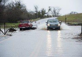 Un río sube de nivel por la tormenta que afecta el norte de California.(Foto Prensa Libre:AP).