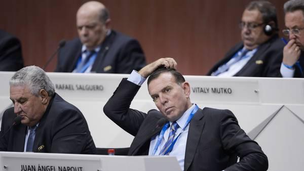Juan Ángel Napout fue extraditado este día a Estados Unidos por estar vinculado al escándalo de corrupción en la FIFA. (Foto Prensa Libre: Hemeroteca)