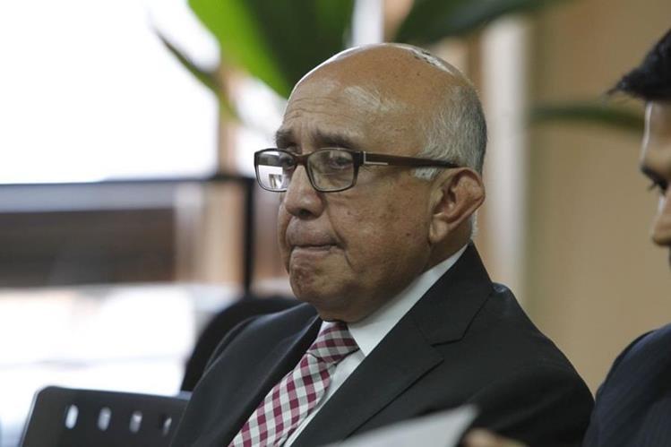 Gustavo Mendizábal, exmagistrado de la CSJ fue ligado a proceso por tráfico de influencias, supuestamente gestionó un amparo a favor de Roxana Baldetti. (Foto Prensa Libre: Paulo Raquec)