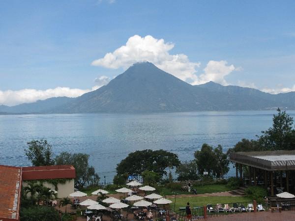 Vista del Lago de Atitlán, Sololá. (Foto Prensa Libre: Hemeroteca PL)