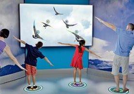 La exposición Por encima y más allá, en Estados Unidos, incluye televisores, sensores de movimiento y cámaras, con el objetivo de que el visitante tenga una experiencia diferente.