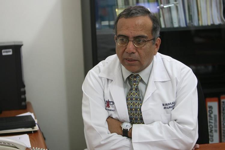 Médico Carlos Mejía. (Foto: Hemeroteca PL)