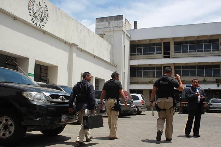 La SAAS tiene bajo su responsabilidad la seguridad del presidente, vicepresidente y ministros. (Foto Prensa Libre: Hemeroteca PL)