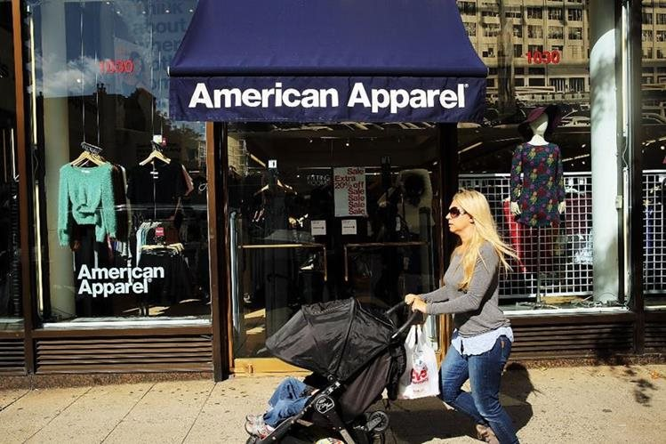 La empresa cerraría sus principales tiendas de moda. (Foto Prensa Libre: AFP)