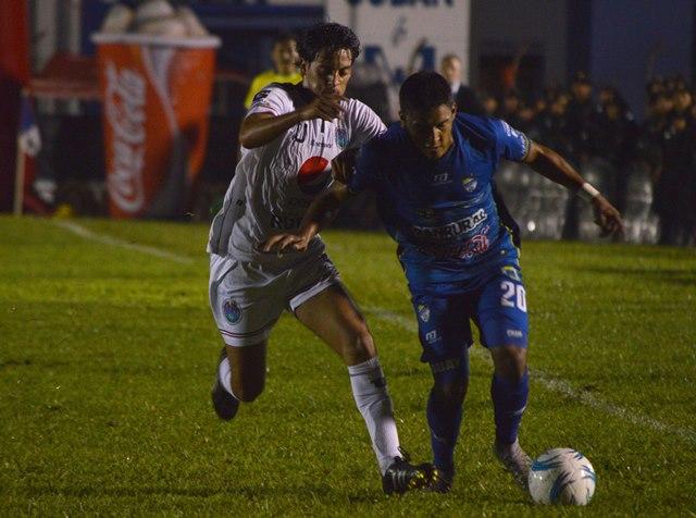 El partido repartió un punto para cada equipo (Foto Prensa Libre: Eduardo Sam)