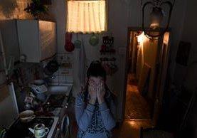 Alexandra es víctima de violencia doméstica en Moscú, Rusia.(AFP).