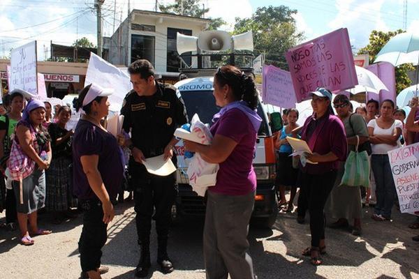 """<p>La marcha inció en Ciudad Flores y concluyó en San Benito. (Rigoberto Escobar)<br _mce_bogus=""""1""""></p>"""