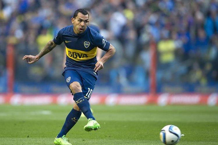 El Corinthians piensa en la posibilidad de contratar al delantero argentino Carlos Tévez, jugador que militó en el equipo brasileño hace una década. (Foto Prensa Libre: AFP)