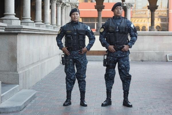 <p>Policía estrenará indumentaria que tiene sellos de seguridad que la hacen exclusiva.</p>