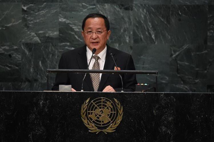 El ministro de relaciones exteriores de Corea del Norte, Ri Yong-ho, durante su discurso en la ONU. (Foto Prensa Libre: AFP).