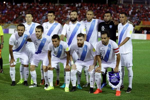 Los seleccionados nacionales son algunos de los futbolistas más afectados por la crisis en el futbol guatemalteco. (Foto Prensa Libre: Hemeroteca PL)