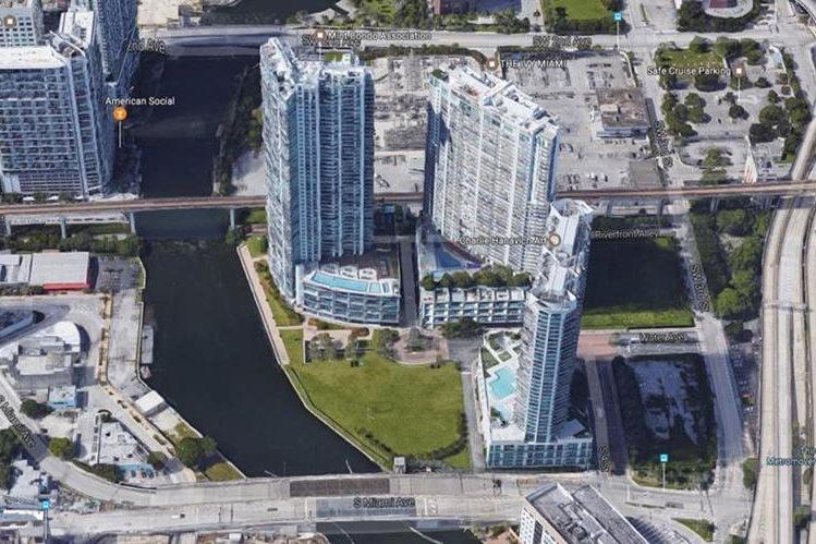 Vista de las torres de apartamentos donde vive Erick Archila. (Fuente: Google)