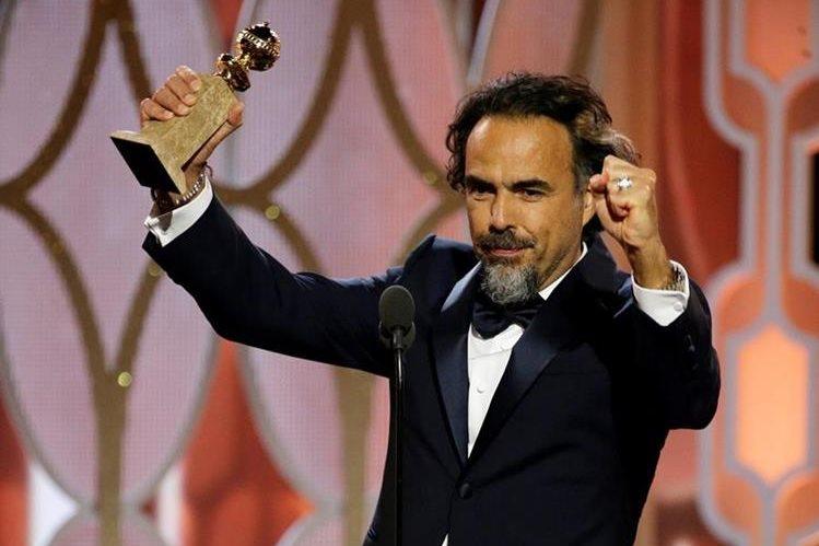 El cineasta mexicano se alzó el domingo con el Globo de Oro a mejor película y director. (Foto Prensa Libre: AP)