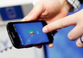Los teléfonos móviles tienen muchas opciones que no siempre se utilizan. (Foto Prensa Libre: AP)