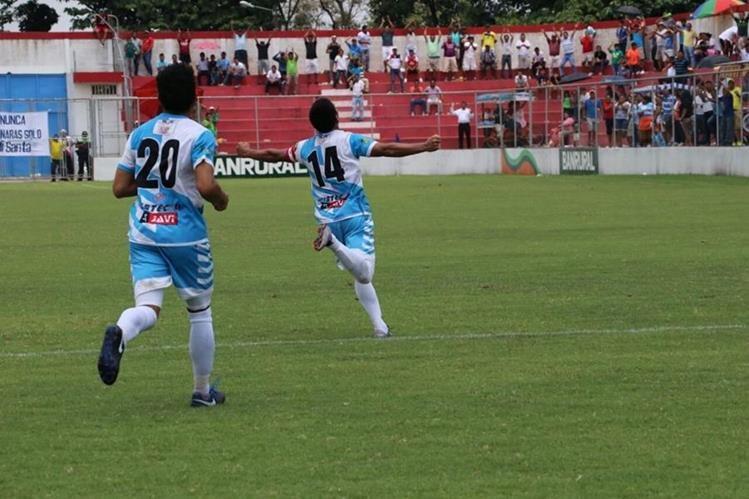 Santa Lucía Cotzumalguapa logró clasificarse a la fiesta grande del Clausura 2017 de la Primera División (Foto Prensa Libre: Carlos Paredes)