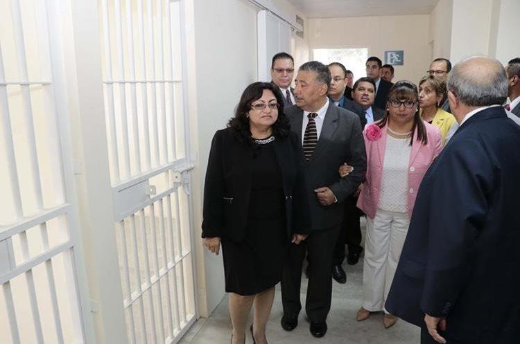 Magistrados del Organismo Judicial inauguraron el centro.(Prensa Libre: Eduardo Sam)