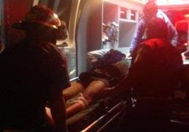 Los cuerpos de socorro atendieron tres emergencias en Villa Nueva. (Foto Prensa Libre: Bomberos Municipales)