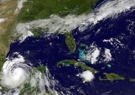 El satélite de la Nasa ubica la posición del huracán Franklin en la costa este de México.(Foto Prensa Libre:AFP).