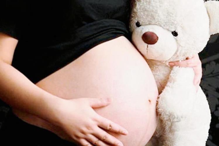 Según datos del Renap, este año se registró el nacimiento de una madre de apenas 10 años (Foto Prensa Libre: Hemeroteca PL).
