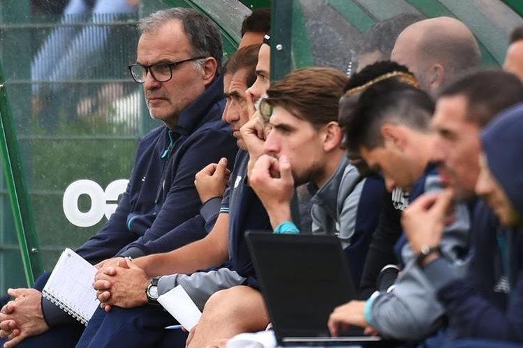 Estreno de 'locos': Marcelo Bielsa debutó con victoria en el Lille