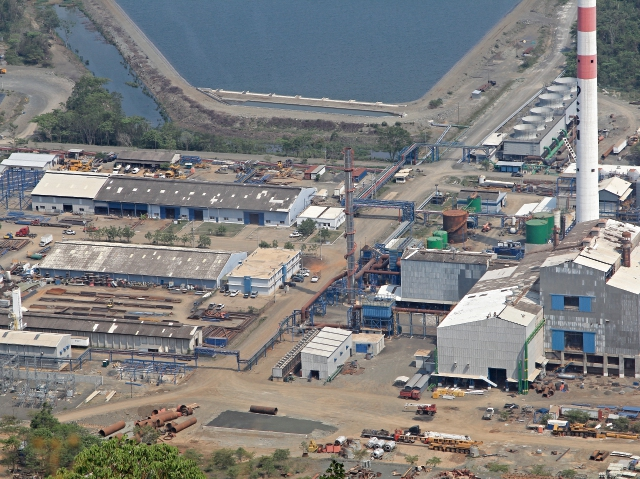 vista aérea del Proyecto de Explotación Minero Niquegua Montúfar II, situado en el municipio de El Estor, en la ribera norte del lago de Izabal.