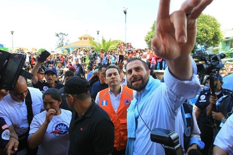 El mandatario visitó el casco Urbano de Tacaná, San Marcos. (Foto Prensa Libre: Álvaro Interiano)