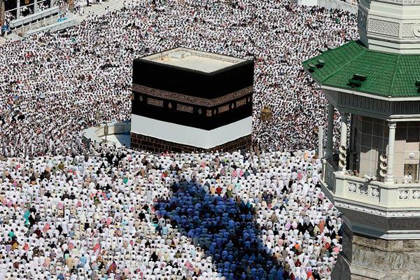 El santuario de Kaaba en la Meca, un lugar sagrado para los musulmanes. (Foto Prensa Libre: Hemeroteca PL).