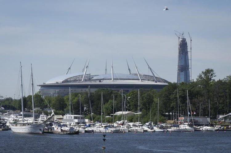 Así luce el San Petersburgo Arena, sede del partido de inauguración de la Copa Confederaciones. (Foto Prensa Libre: AFP).