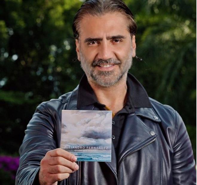 El Potrillo vuelve a presentar nueva música después de su disco Confidencias, que salió en el 2013. (Foto Prensa Libre: @alexoficial)