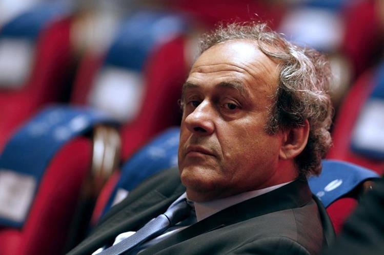 Platini está envuelto en un caso de corrupción dentro de la UEFA. (Foto Prensa Libre: AFP)