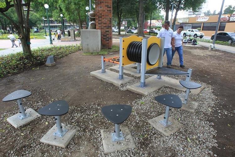 Una de las áreas remozadas en la Plaza España. (Foto Prensa Libre: Esbin García).