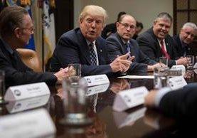 Trump comenzó ofensiva contra normas de Obama sobre medioambiente. (Foto Prensa Libre: AFP)