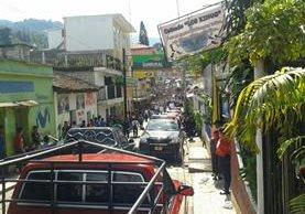 En San Pedro Necta, Huehuetenango, pobladores efectúan una caminata para manifestar contra los resultados preliminares de las votaciones. (Foto Prensa Libre: Mike Castillo)