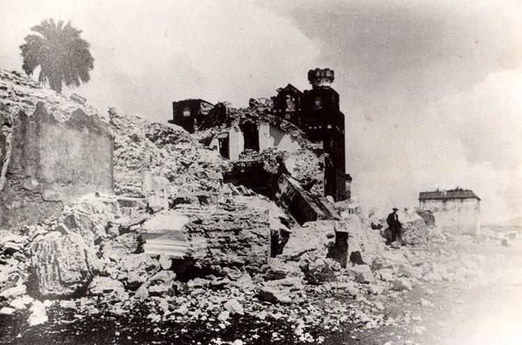 Imagen muestra cómo quedó destruido El Cerrito del Carmen, luego de los terremotos de 1917 y 1918.