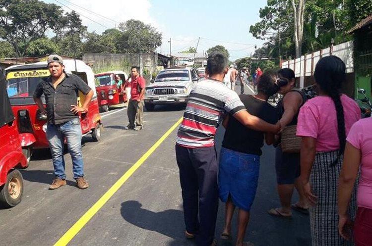 El percance por el que falleció Francisca Camacho ocurrió en la ruta de San Antonio a Santo Tomás La Unión, Suchitepéquez. (Foto Prensa Libre: Cristian I. Soto)