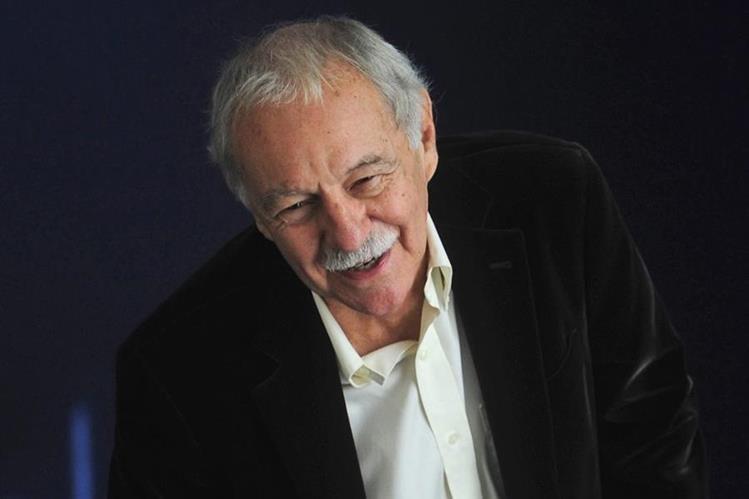 El Premio Cervantes se le entregará a Eduardo Mendoza. (Foto Prensa Libre: AP)