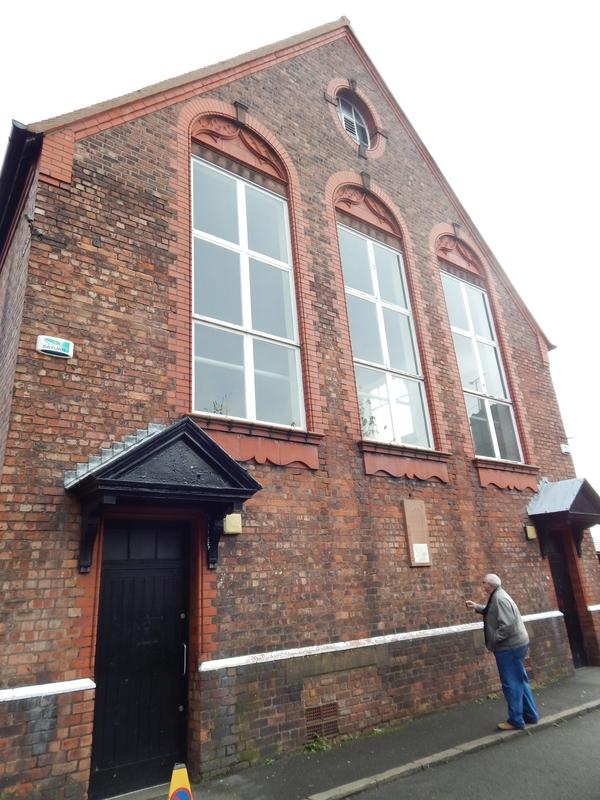 Iglesia de St. Peter, donde se conocieron los músicos.
