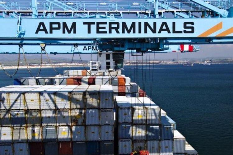 Directivos de la compañía APM Terminals buscan una solución en el caso de la Terminal de Contenedores Quetzal de la cual son dueños. (Foto Prensa Libre: Hemeroteca PL )