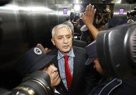 Presidente Otto Pérez Molina antes de ingresar a la judicatura cedio una entrevista donde expone que no ha defraudado a los guatemaltecos. (Foto Prensa Libre)