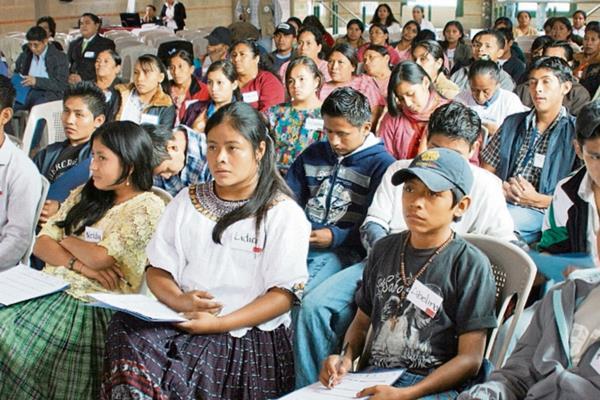 Jóvenes serán beneficiados con las capacitaciones. (Foto Hemeroteca PL).