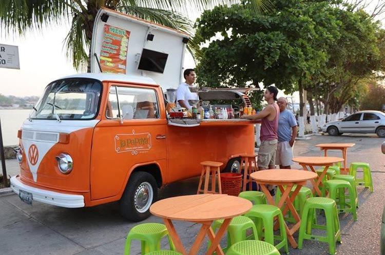 En la isla de Flores, Petén, también se encuentra esta opción para comer diferente. (Foto Prensa Libre: Rigoberto Escobar).
