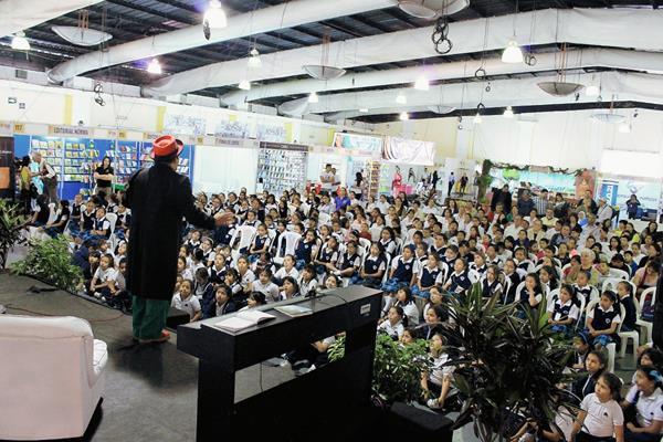 La Feria Internacional del libro traerá a escritores mexicanos. (Foto Hemeroteca PL)