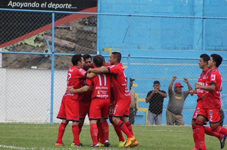 Deportivo Malacateco comenzó ganando con un gol tempranero de Frank de León Wug (Foto Prensa Libre: Hugo Oliva)