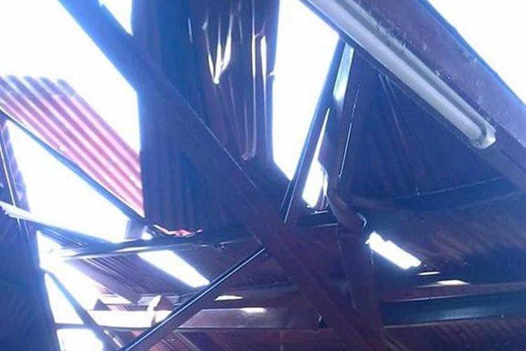 Una de las viviendas dañada por el viento en Moyuta, Jutiapa. (Foto Prensa Libre: Óscar González)