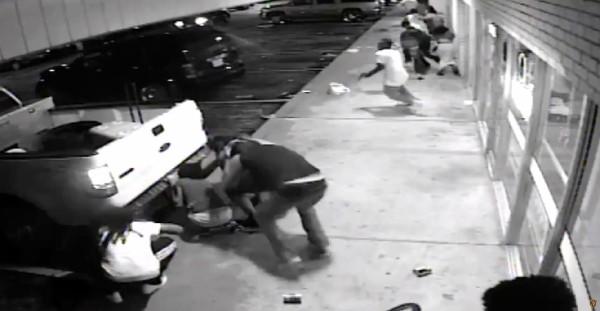 <em>Video se puede ver cómo sucedió el tiroteo en Ferguson.</em>
