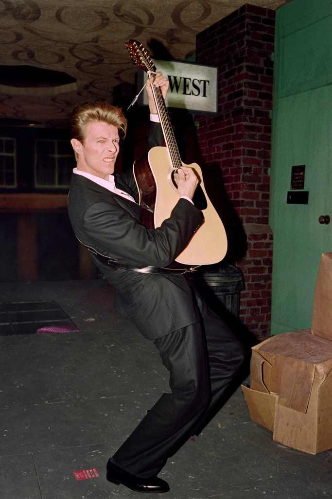David Bowie durante una conferencia de prensa en Londres, el 23 de enero de 1990. (Foto Prensa Libre: AFP)